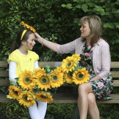 RTE's Mary Kennedy with Samara Jones age 9, from Killiney launches Sunflower Days 2011