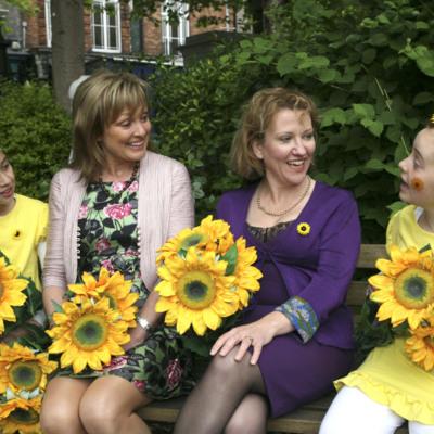 Mary Kennedy with Sharon Foley CEO Irish Hospice Foundation, joined by Samara Jones age 9, from Killiney and Tara O' Sullivan age 9 from Glasnevin, to launch Sunflower Days 2011