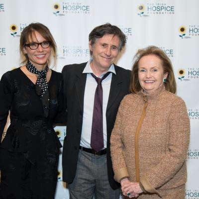 Hannah Beth Kind, Gabriel Byrne, Loretta Brennan Glucksman